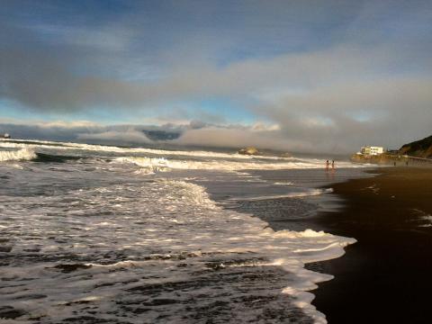Photo : Ocean Beach, vagues et nuages