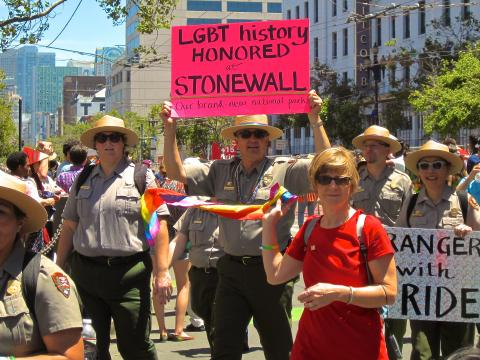 Park Rangers participants à la Gay Pride San Francisco